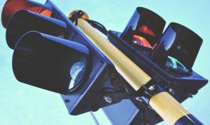 نوآوریهای اینترنت اشیا ؛ چراغ هوشمند راهنمایی و رانندگی