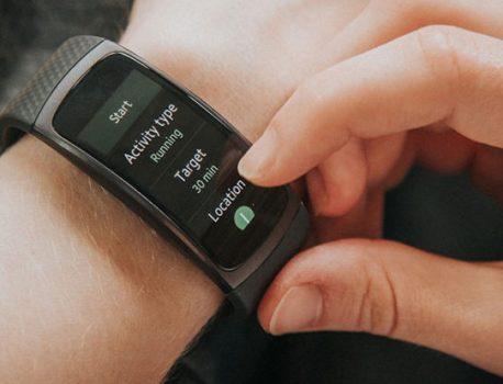 ساعت هوشمند جایگزنی برای تلفن همراه!