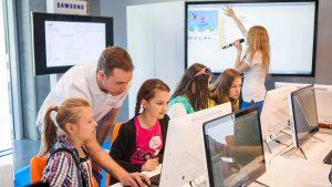 تجهیزات هوشمند در مدارس